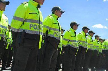 Uniformes para la policía